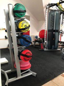 fitness-fuer-frauen-berlin-sport-gewichte